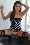 Shyla Jennings takes off her sexy teenybopper outfit and makes herself cum