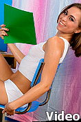 Riley Reid cools down by masturbating with an ice pop