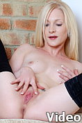 Tiny blonde spinner masturbates until she reaches climax