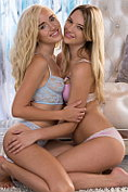 Kenna and Naomi Woods get naked and make out together