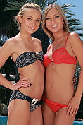Two stunning blonde teenage babes enjoy cunnilingus